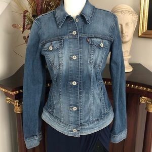 Levi's Jean jacket fitted stretch contrast wash L
